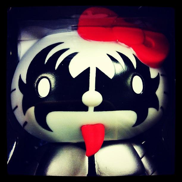Hello Kissy #toys #badass #hellokitty